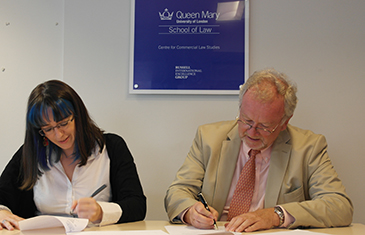 Dr Costanza Russo (IRE) and Roger McCormick (CCP) signing their three year partnership agreement