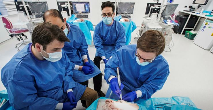 PGT Dentistry Programmes photo QMUL