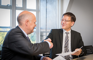 Professor Spyros Maniatis, CCLS and Professor Yeo Tiong Min, SMU