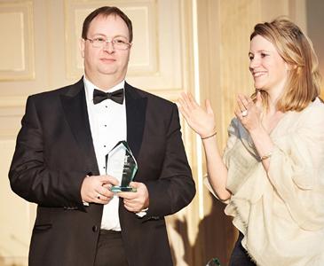 Prof Loukas Mistelis GAR award