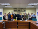 Mohammad Hazrati in the middle of a group shot at the International Islamic University Malaysia