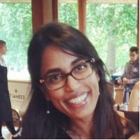 Headshot of alumna Niva Thiruchelvam