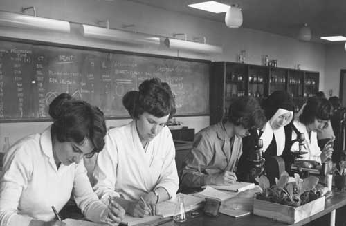 Westfield College students working in The Laboratory, 1962