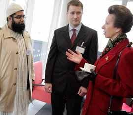 HRH the Princess Royal meets students on the Islam in the West MA and course lecturer, Dr Thomas Asbridge