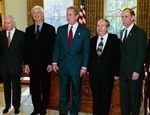 Robert Engle (second left) with President George W. Bush and fellow Nobel Laureates